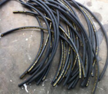 编织缠绕管